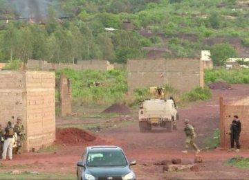 2 Killed in Mali Resort Attack