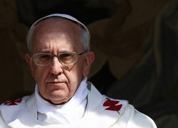 Pope Says Fake News Is Satanic, Condemns Use in Politics