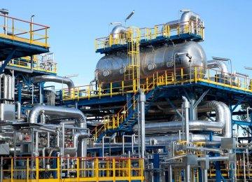 Qatar: Saudi-Russia Oil Price War a Big Mistake