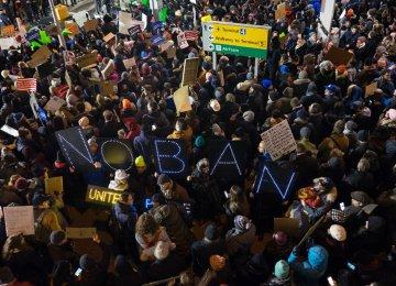 US Court Upholds Block on Trump Travel Ban