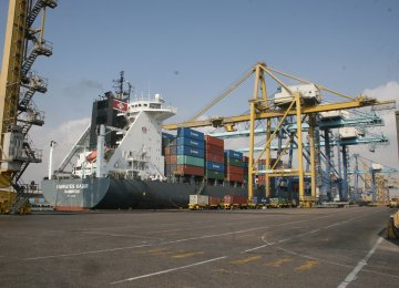 4m Tons of Essential Goods Imported Via Shahid Rajaee Port
