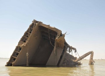 Arvandroud Dredging Vital to Attract Heavy Vessel Traffic