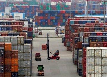 Iran's Non-Oil Trade Declines 27%