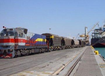 Deal to  Transport Steel Via Railroad