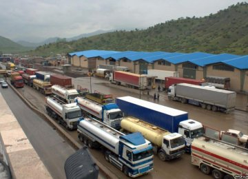 Risks of Coronavirus Escalating for Truckers Stranded Near Borders