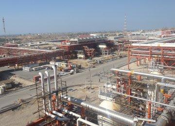 Billions of Dollars in Oil Deals Shield Iran From Sanctions