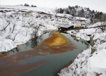 BP Says Alaska Leak Under Control