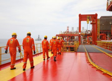 Eni Discovers Offshore Oil in Angola's Kalimba Block
