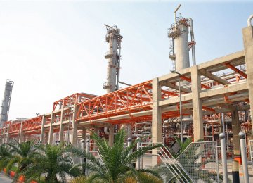 Plan to Raise Ethylene Output at Kavian Complex