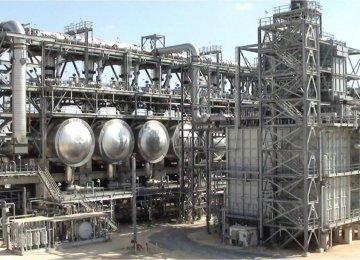 2 Iranian Petrochem Companies Delay Methanol Production