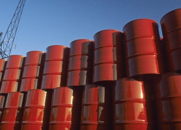 Saudi Arabia Likely to Back Extending Oil Output Cuts
