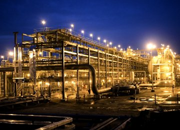 S. Arabia Will Build $20b Oil-to-Chemicals Complex