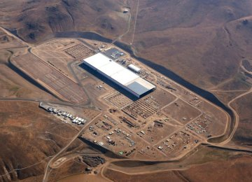 Tesla Faces Stiff Competition in Energy Storage War
