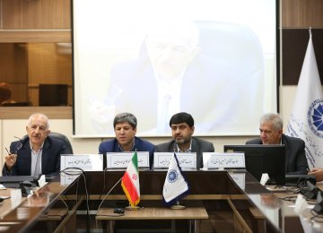 ICCIMA held a meeting in Tehran on Saturday to weigh on the long-overdue plan to unify foreign exchange rates. (Photo: Bahareh Taghiabadi)