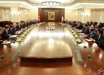 Iran, Turkey to Expand PTA