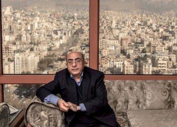 Akbar Komijani acknowledges the many downsides of a multiple exchange rate regime.