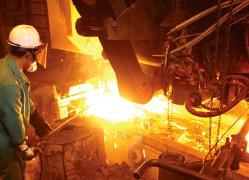 Iranian steelmakers produced 16.83 million tons of crude steel and 16.58 million tons of steel products during the 11-month period, registering a 10% and 3% growth respectively.