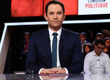 Hamon Faces Battle for Socialist Party Support