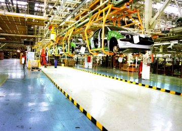 Iran Auto Sector to Enhance Share in GDP Growth