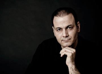 Alireza Ghorbani to Perform in Corsica Song Festival
