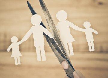 Bitter Divorce Affects Kids' Health