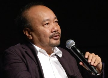 Cambodian Director Rithy Panh to Receive Fajr Peace Award