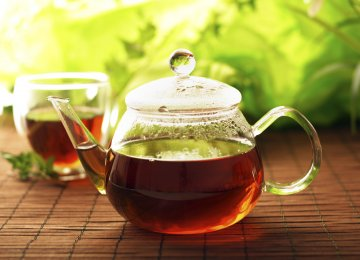 Green, black and oolong tea were all equally likely to reduce that risk.
