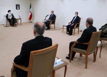 Leader Meets Iraqi Premier