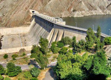 Rising temperatures provide a favorable environment for algae to grow in the reservoir of Esteqlal Minab Dam.