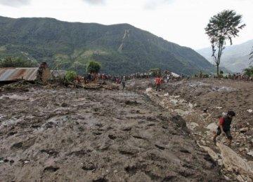 Nine Dead in India Landslide