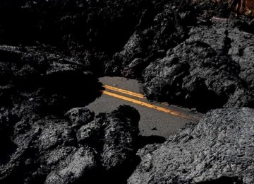 Hawaii Officials Welcome Visitors Despite Volcano