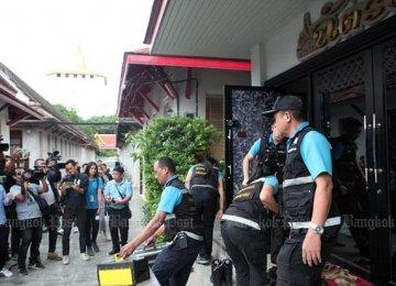 Thais Oppose Zero-Dollar Tours