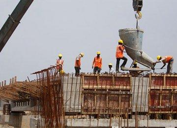 ADB Forecasts India Growth at 7.3 Percent