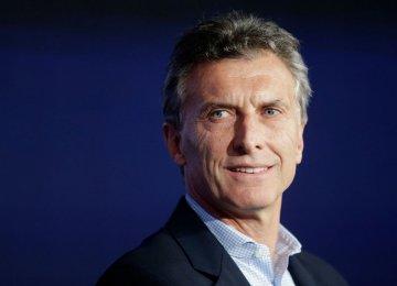 Argentina Says Poverty to Rise as Economy Slumps