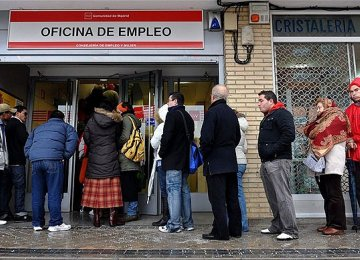 EU Unemployment Falls to 8-Year Low