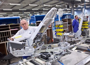 French Factory Output Up 1.9%
