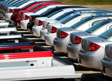 Italy Auto Sales Rise 13%