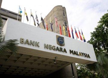 Malaysia Keeps Rate Steady