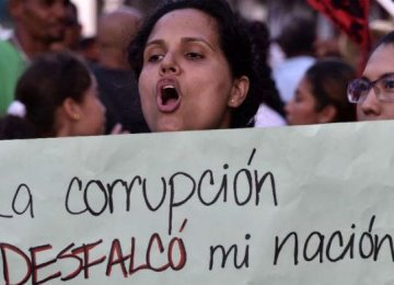 Panamanians Protest Over Bribery Case