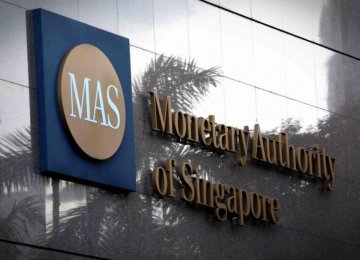 Singapore Sees Steady Growth