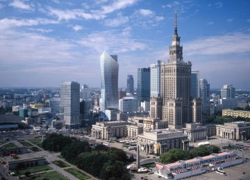 S&P Cuts Poland's GDP Growth Forecast