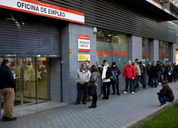 Spain Jobless Rate Falls