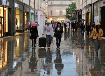 UK Retail  Sales Slump