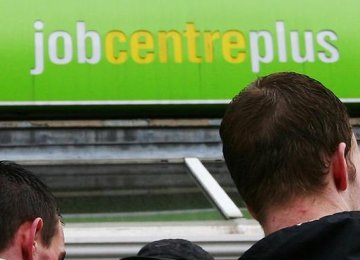 Unemployment  in Scotland Falls