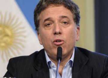 Argentina Economy to Expand 3 Percent