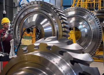 German Industry Output and Exports Fall