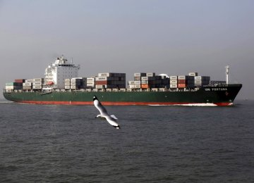 India Exports Rise, But Trade Deficit Swells