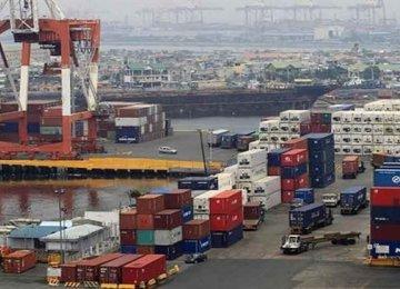 India Exports Jump 30%, Trade Deficit at $13.8b