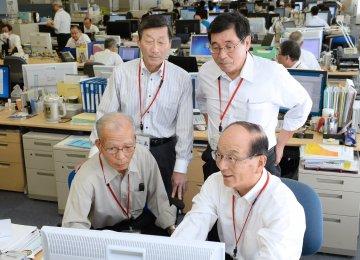 Japan Retirees in Demand as Labor Crunch Worsens