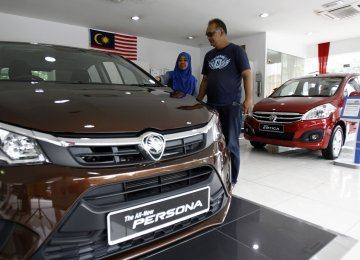 Malaysia's Manufacturing Sector Falls Further Behind Neighbors
